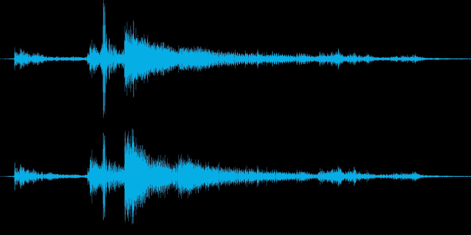 コトッとカギを置いた音1の再生済みの波形