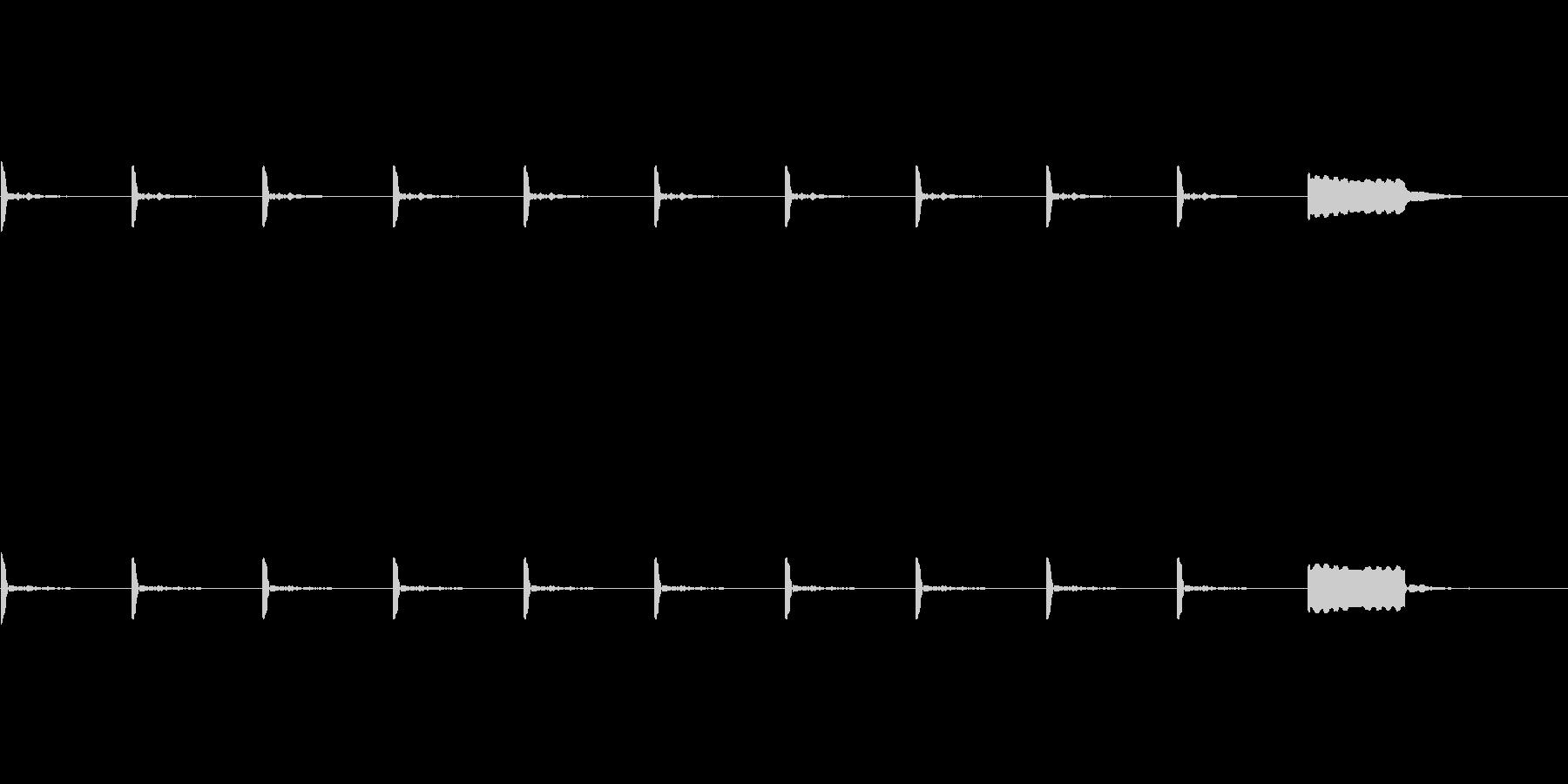 【カウントダウン02-4】の未再生の波形