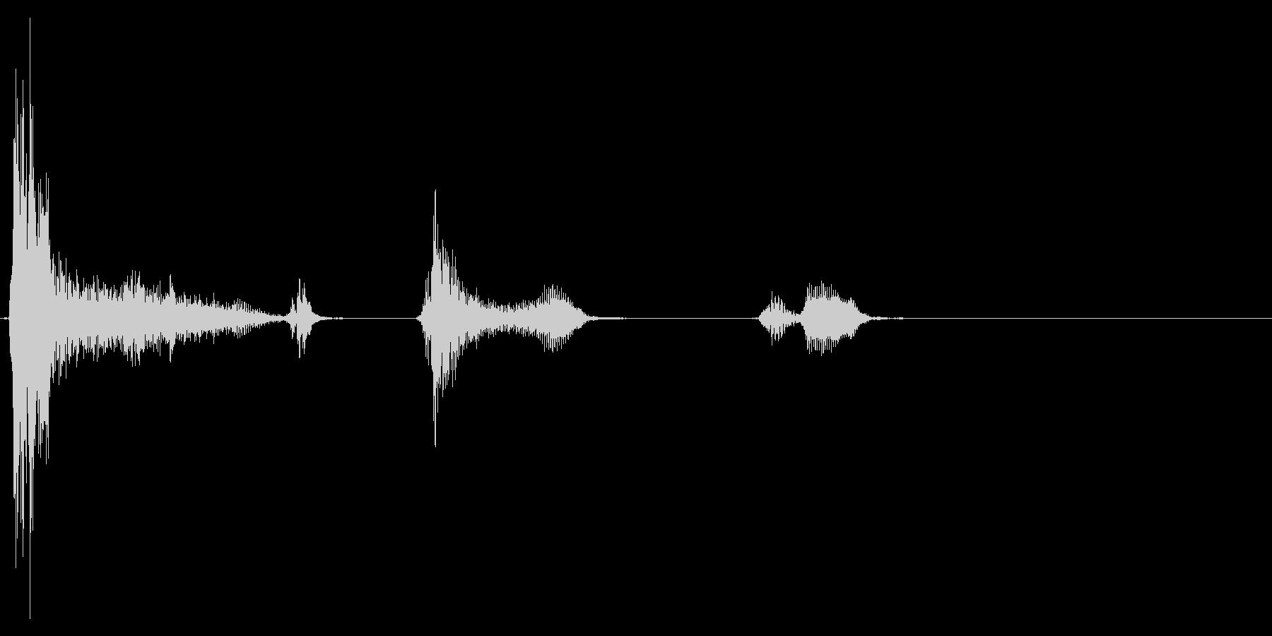 咳 ゴホッゴホッゴホッ4の未再生の波形