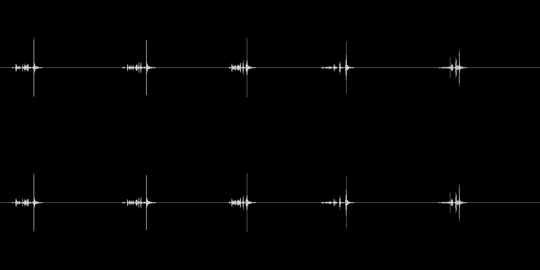 【ハサミ03-3(紙を切る)】の未再生の波形