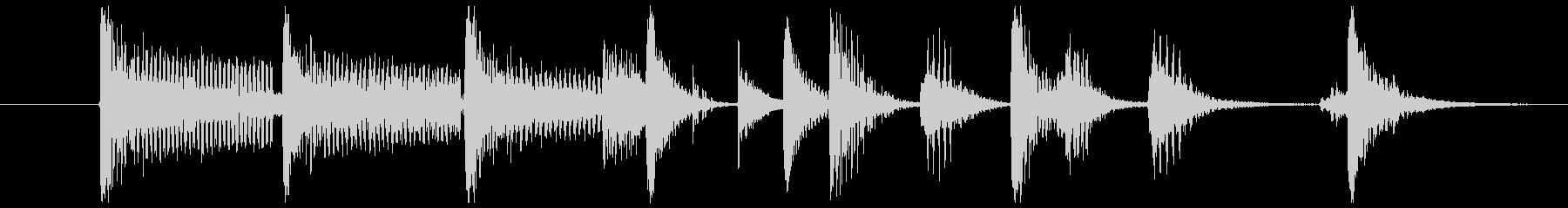ピアノとベースとドラムのジングルの未再生の波形