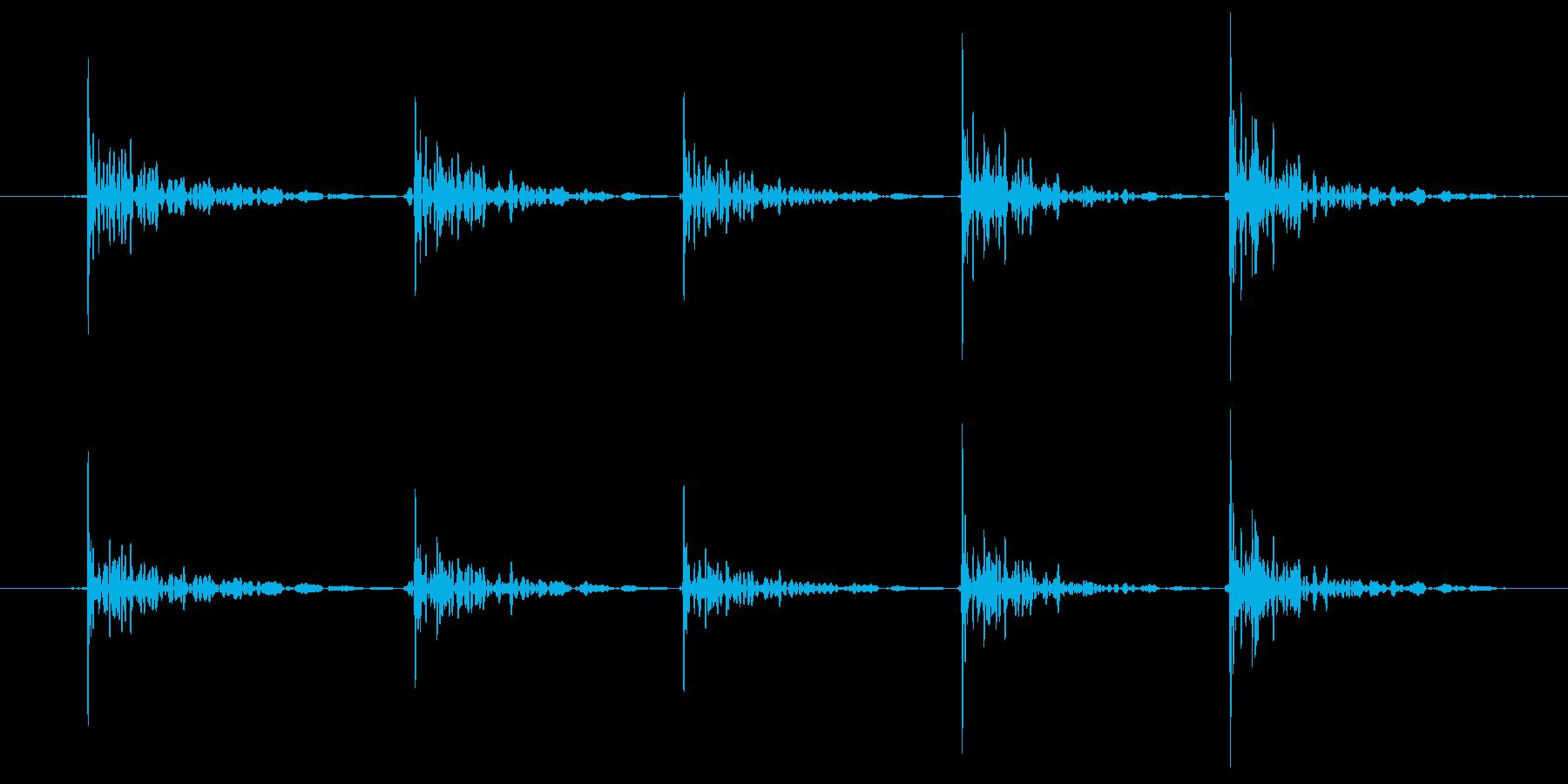 恐怖シリーズ5.ノック音(木製5回)の再生済みの波形