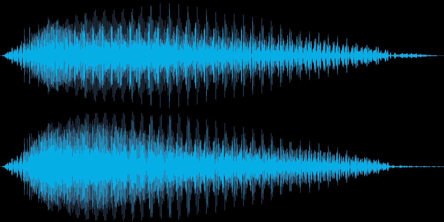 Beam 重低音の利いた攻撃的なビーム音の再生済みの波形