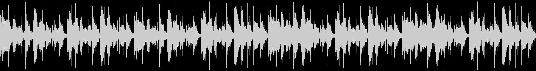 ドライなドラムサウンドのループ用BGMの未再生の波形