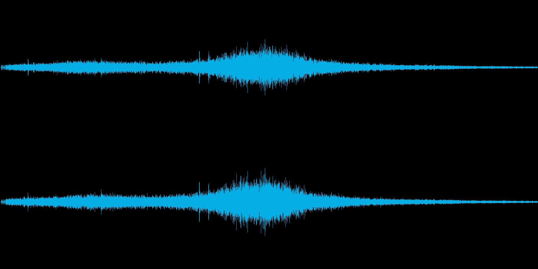 【生音】通行音 - 1 「ぶおーん」の再生済みの波形