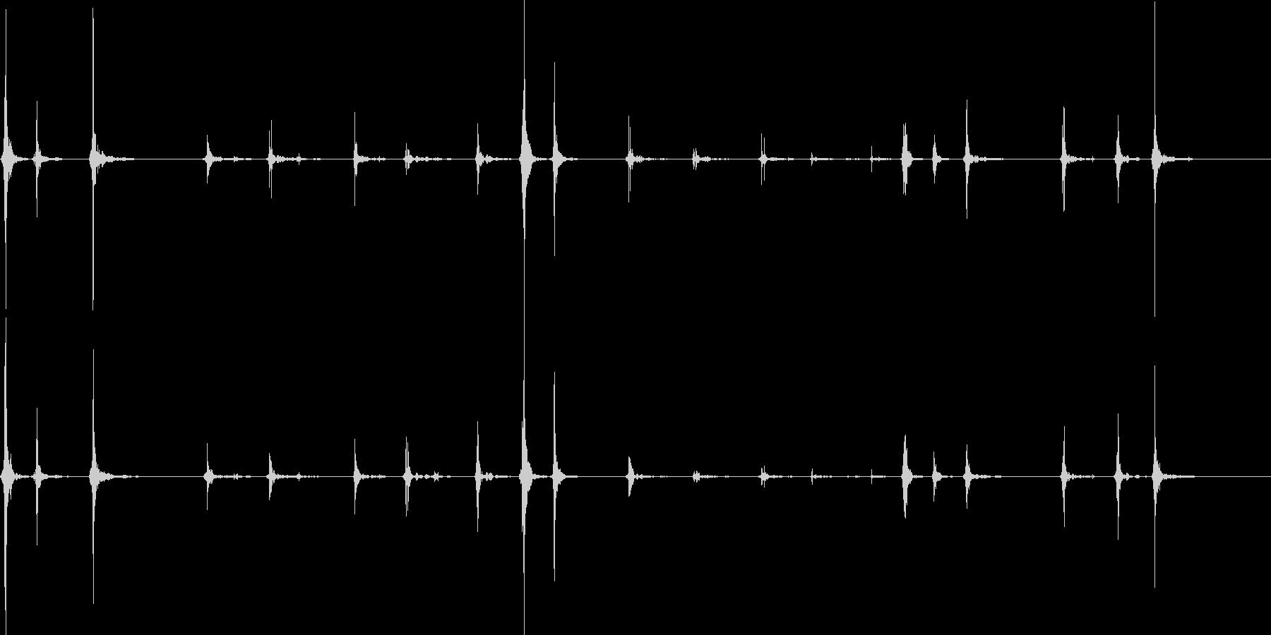 ノートパソコンのタイピングの未再生の波形