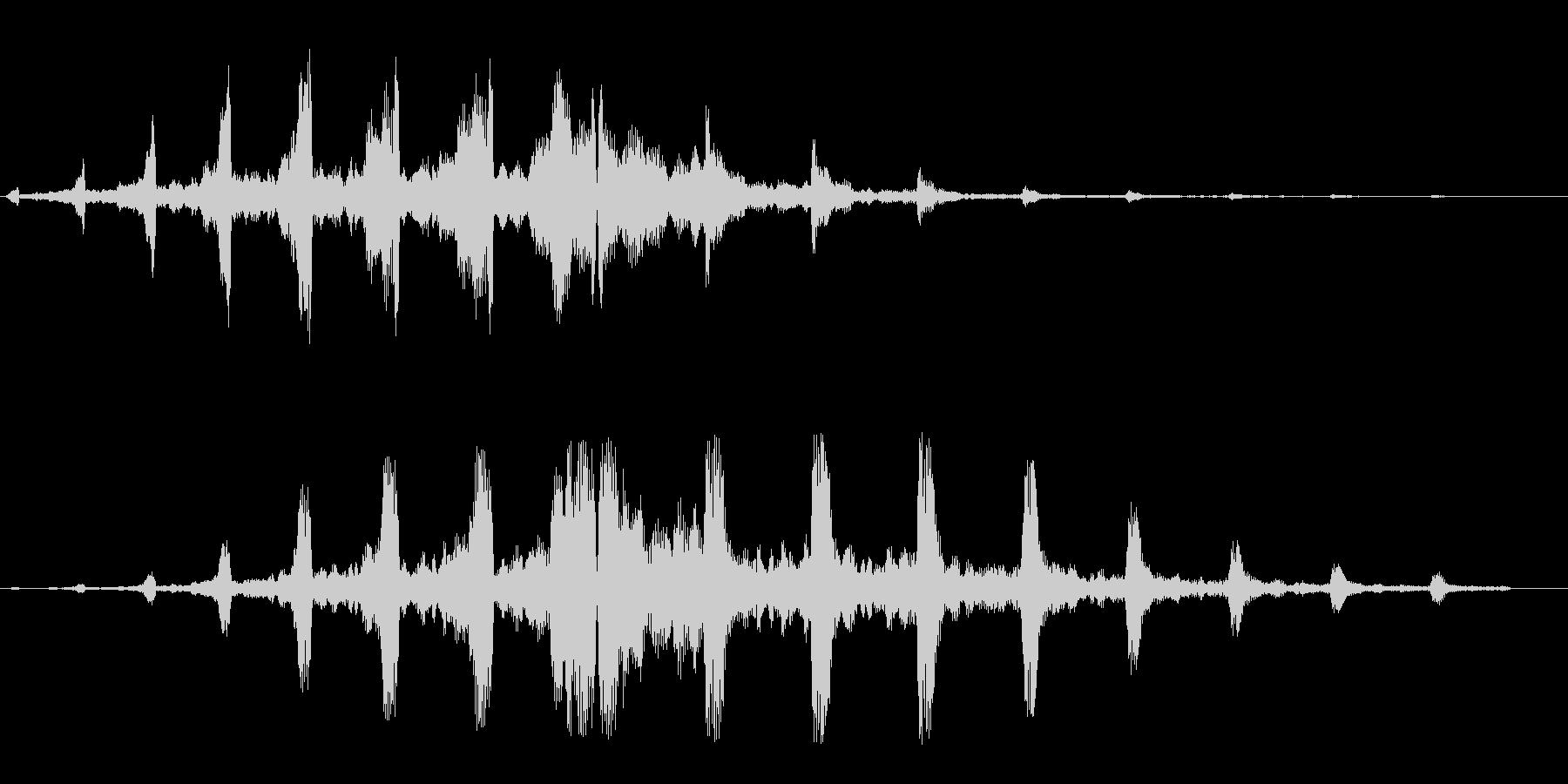 キキキ(回転系の音)の未再生の波形