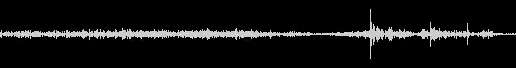 シュッ(ページをめくる音)2の未再生の波形