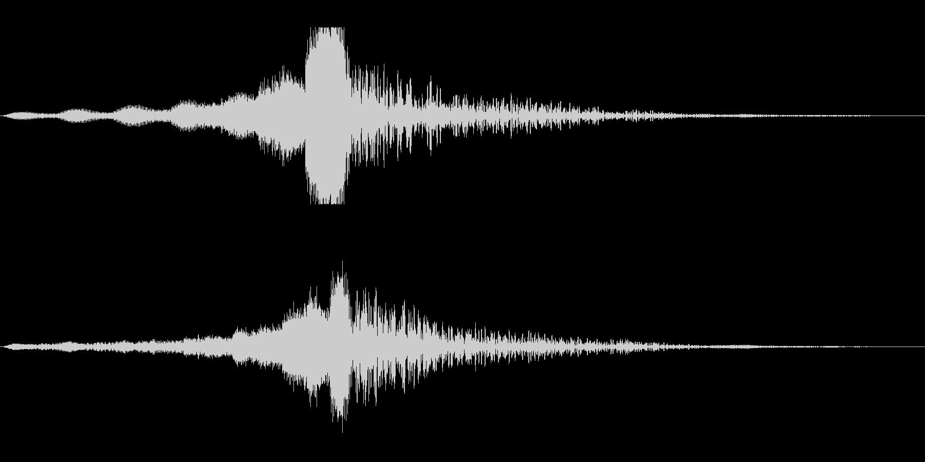 ホラー系アタック音103の未再生の波形