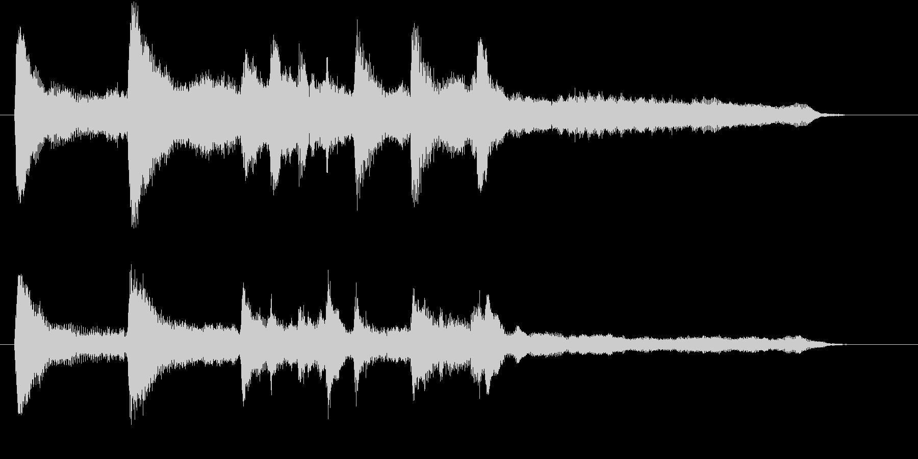 上品で美しいピアノ&ストリングスのロゴの未再生の波形