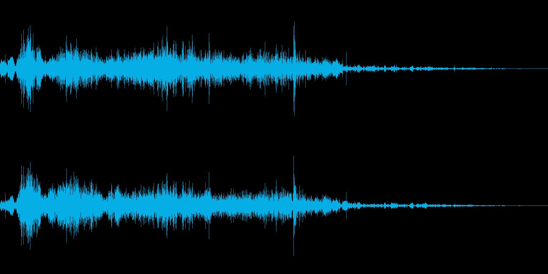 スライディング(柔らかい土の上)の再生済みの波形
