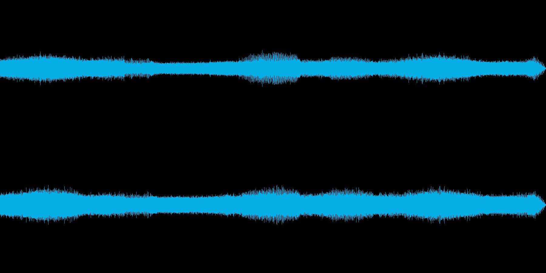 野外でセミの鳴き声を収録させて戴きましたの再生済みの波形