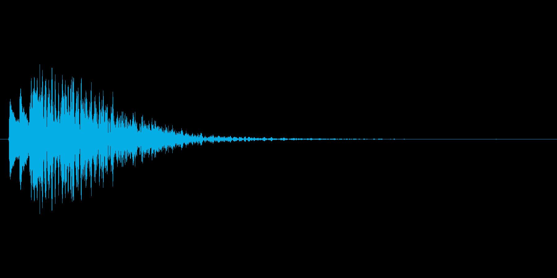 動画の場面転換向けの効果音(低め、下降)の再生済みの波形