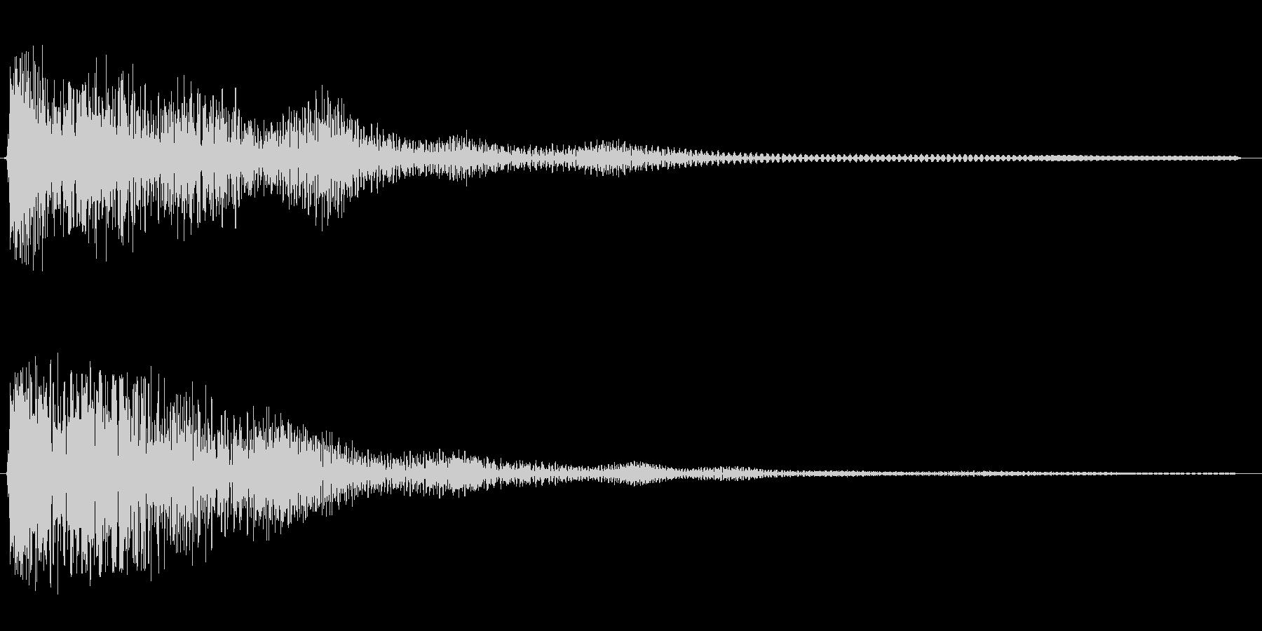 ゴォ〜ン(重みのある鐘の音)の未再生の波形