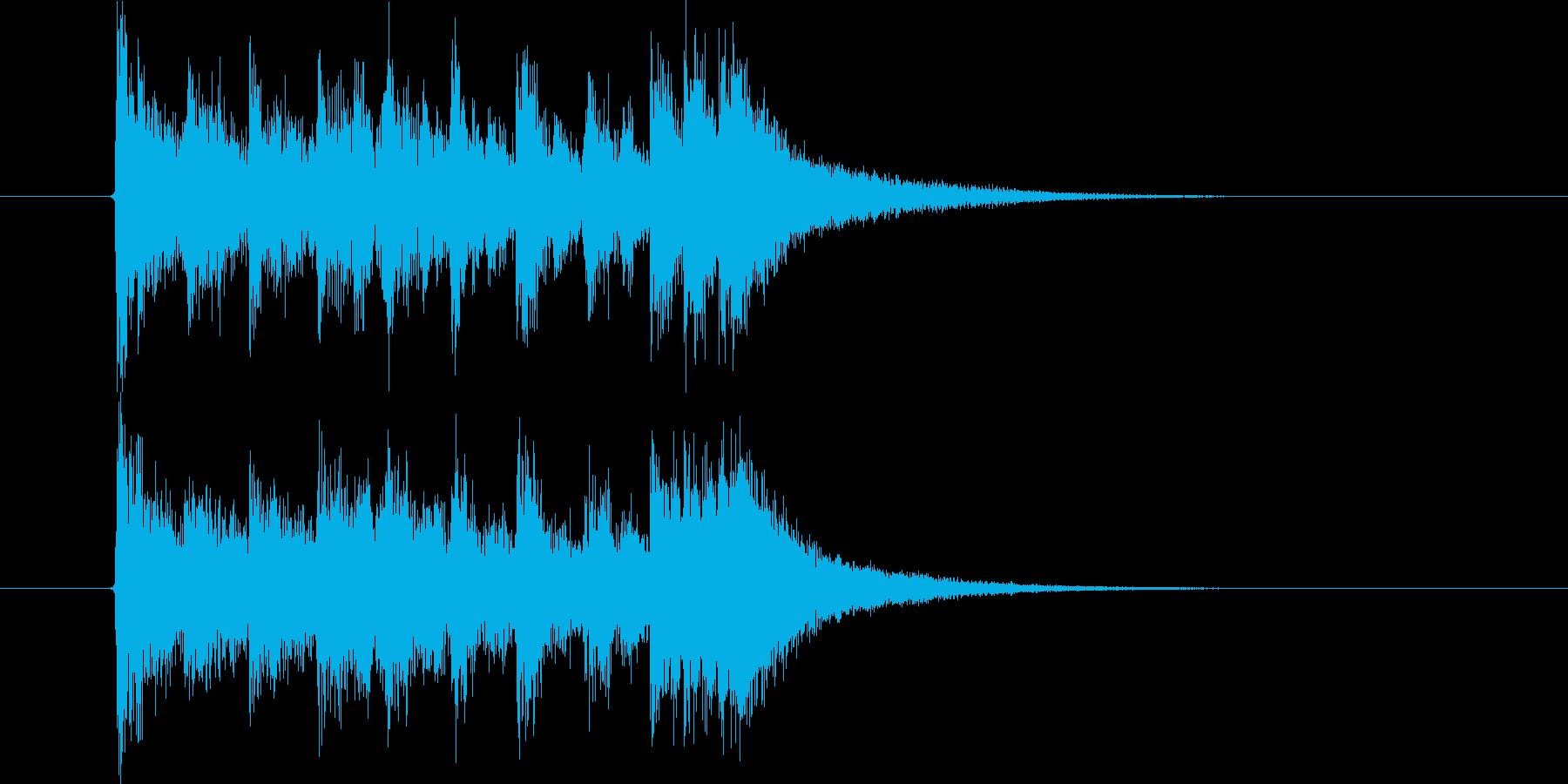 激しく勢いのあるオーケストラの再生済みの波形