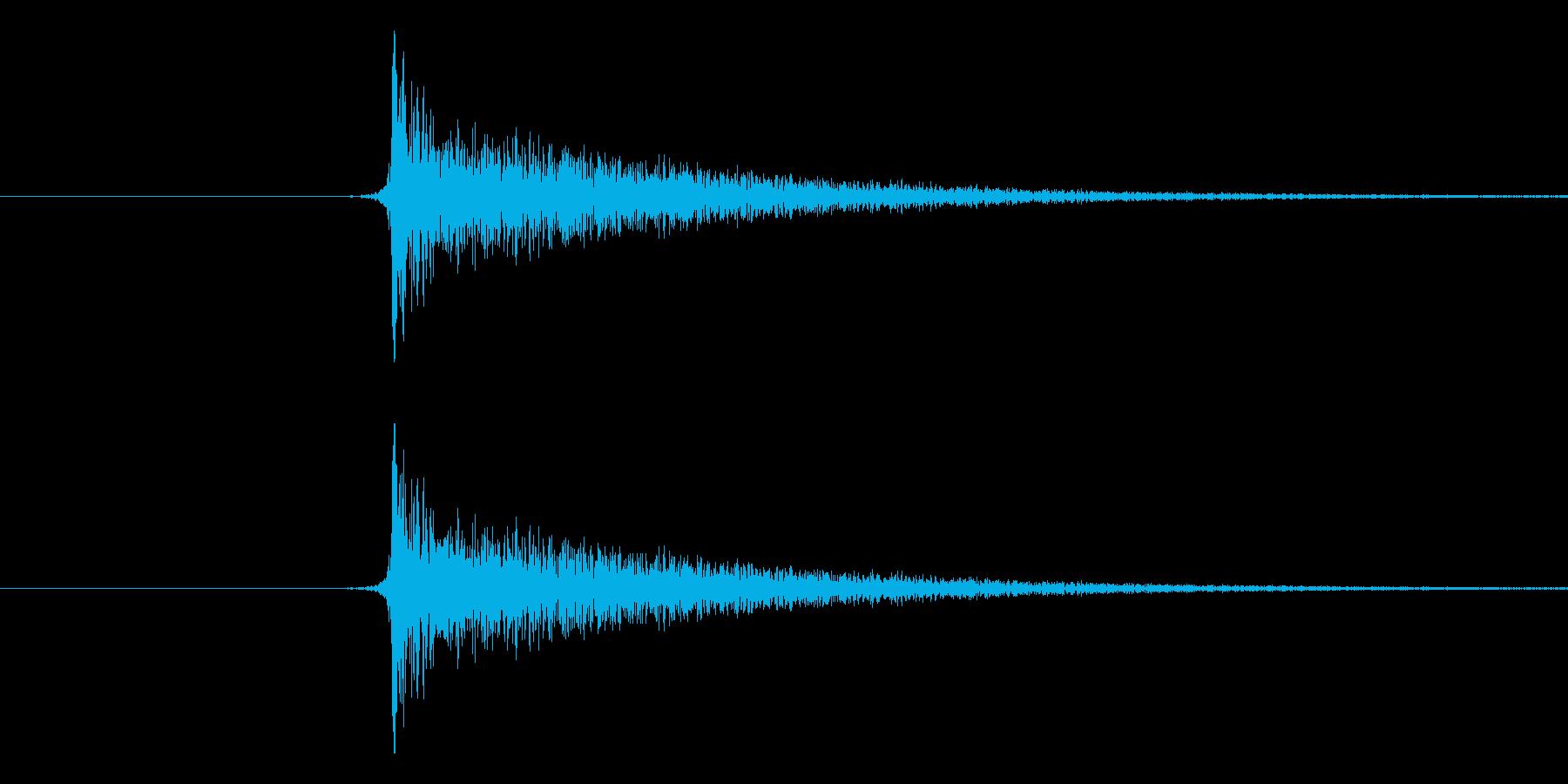 パチンという音です。将棋の駒音などにど…の再生済みの波形