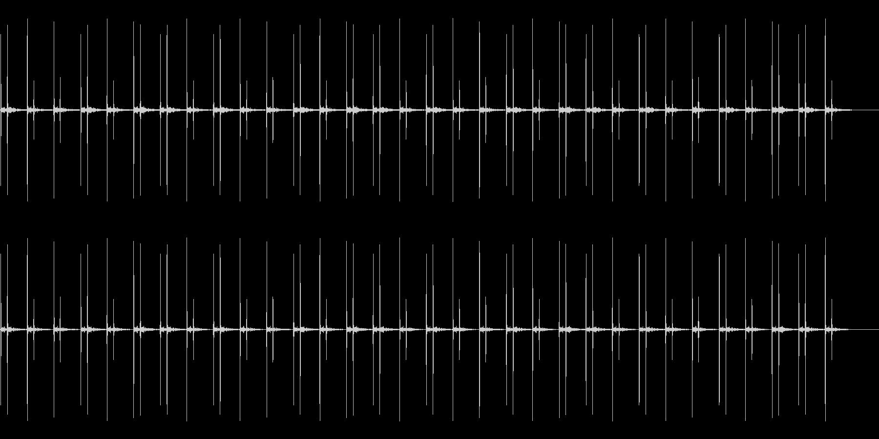 ドクン(心臓の音です)の未再生の波形