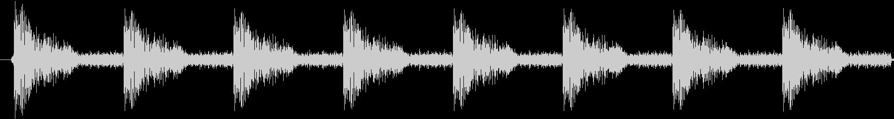 ダンスミュージック向けスネアドラム8発の未再生の波形