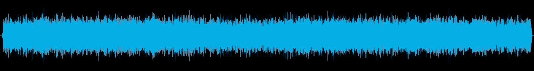 トンネル・洞窟・地下の重厚な環境音の再生済みの波形