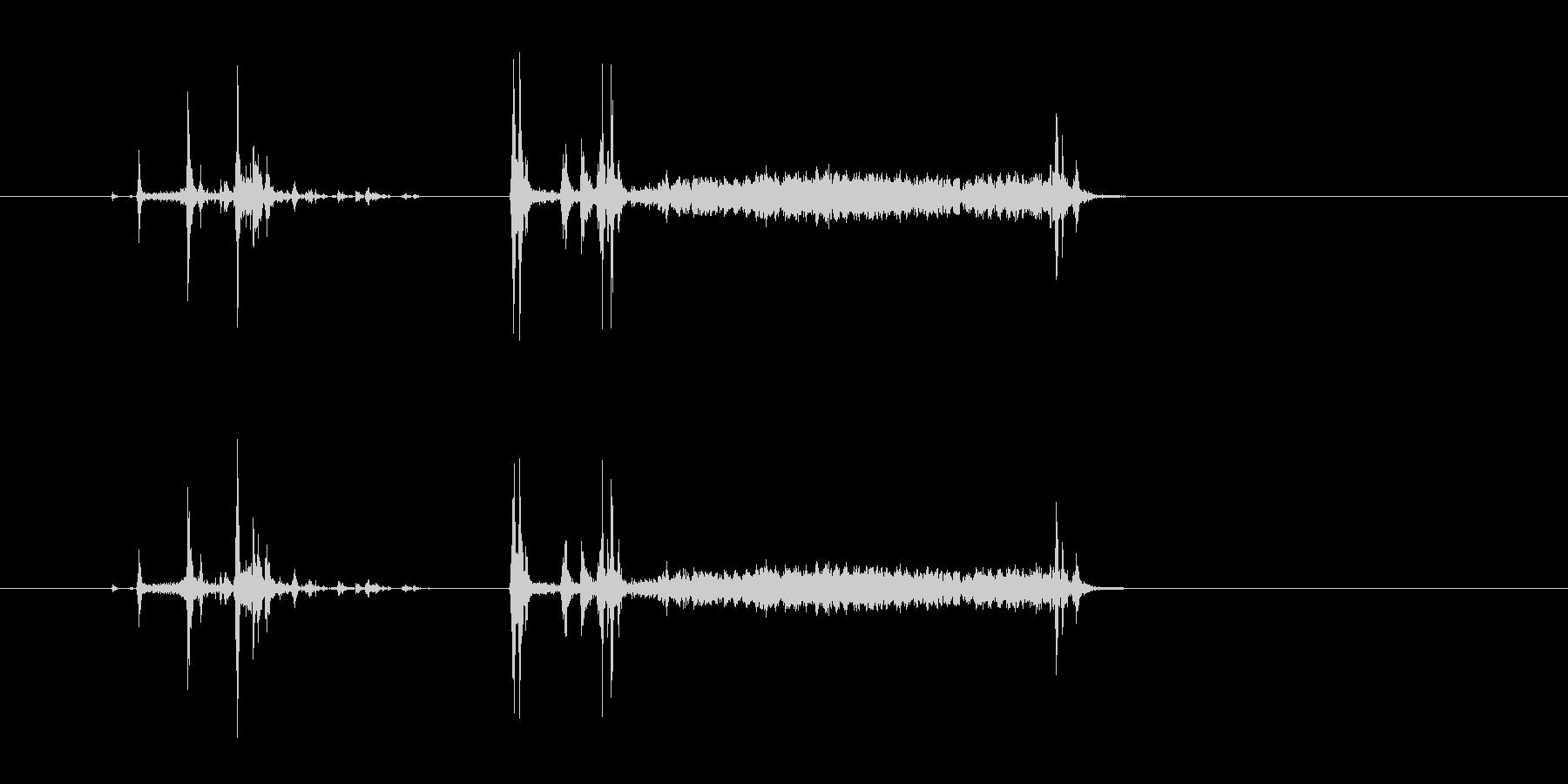 フィルムカメラ シャッター音の未再生の波形