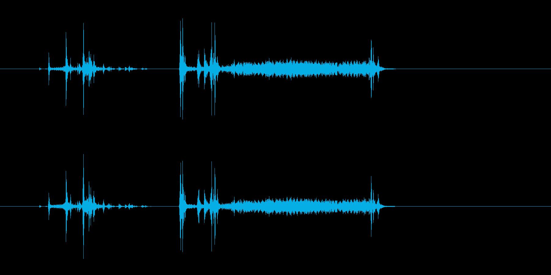フィルムカメラ シャッター音の再生済みの波形