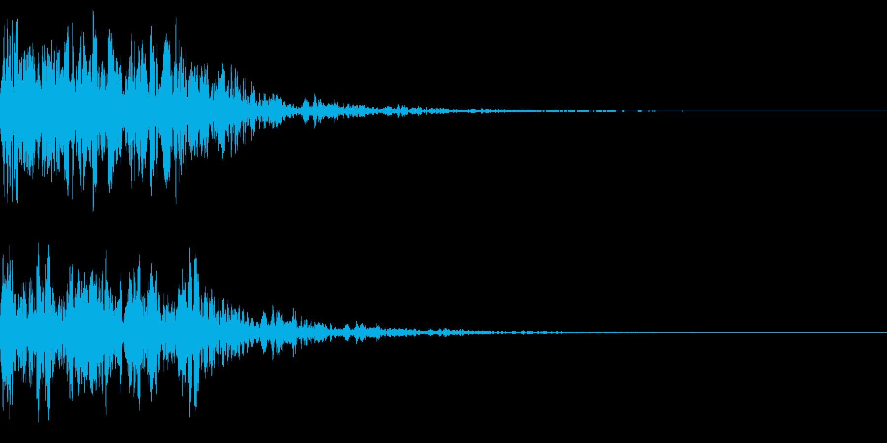 墜落 アニメ 攻撃 戦争 ドカンの再生済みの波形