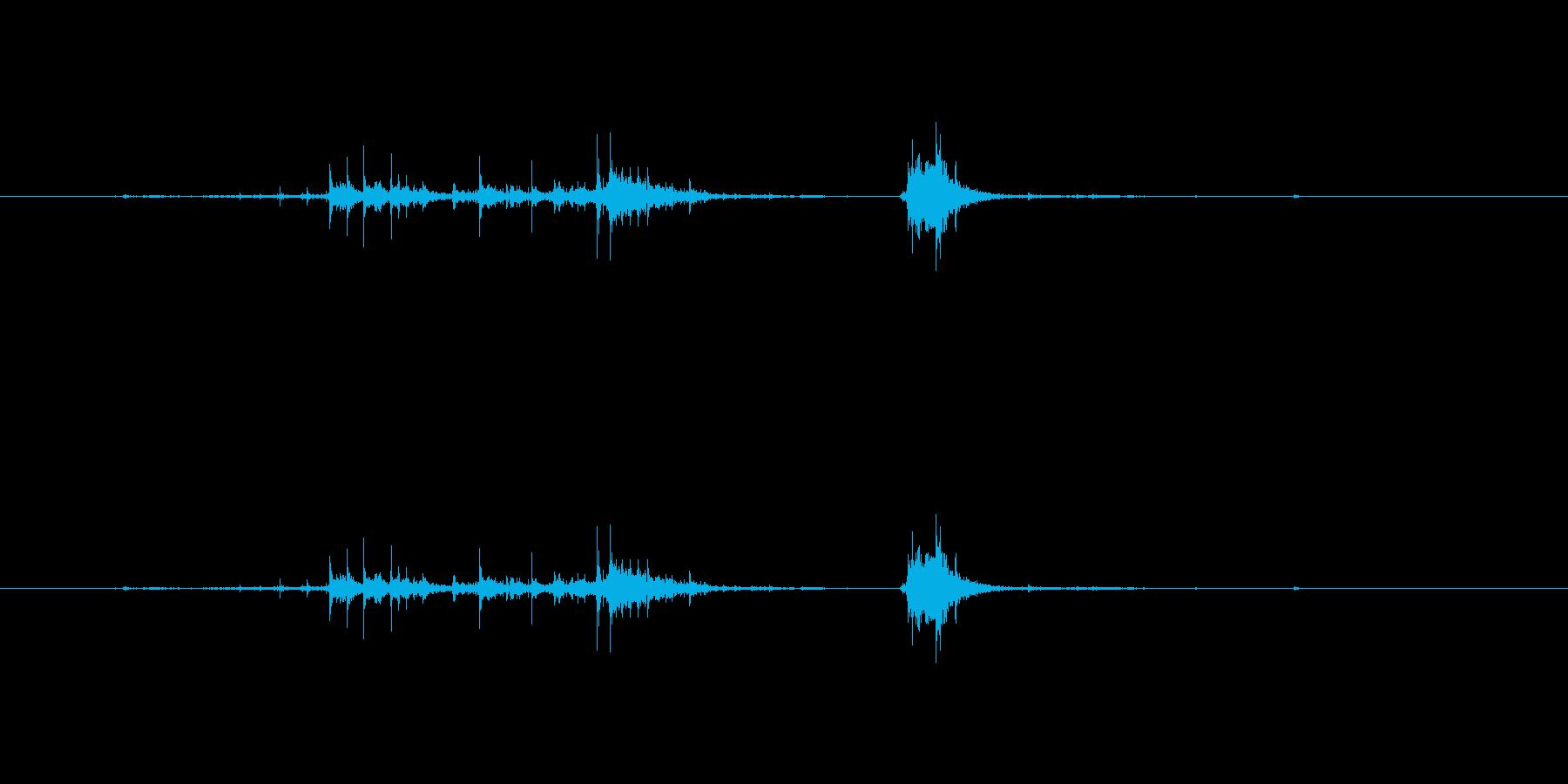 【チラシ01-3(めくる)】の再生済みの波形