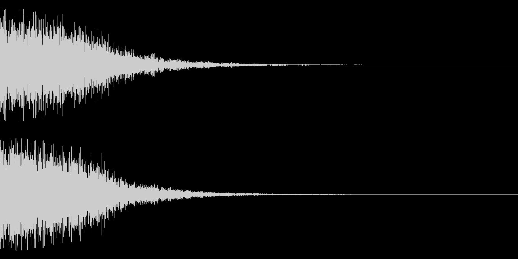 ガーン(電子金属系)の未再生の波形