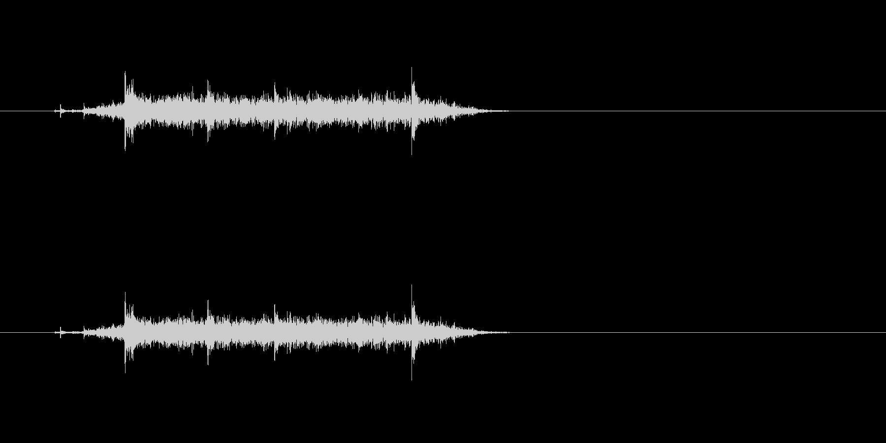 【カーテン02-4】の未再生の波形