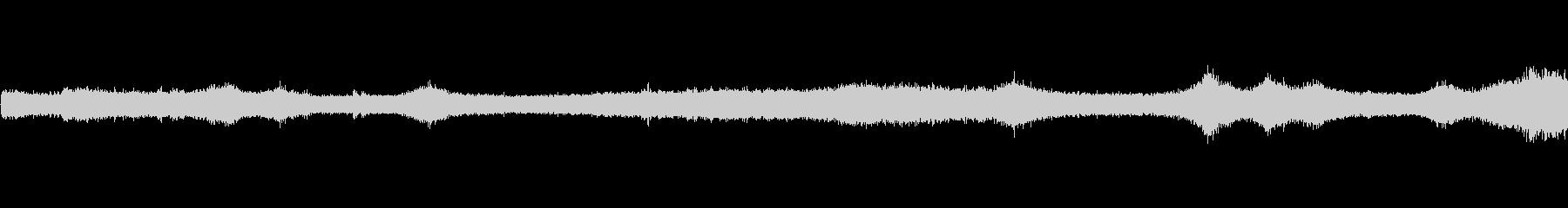 【生音】夏の日の通行音 - 8 「みー…の未再生の波形