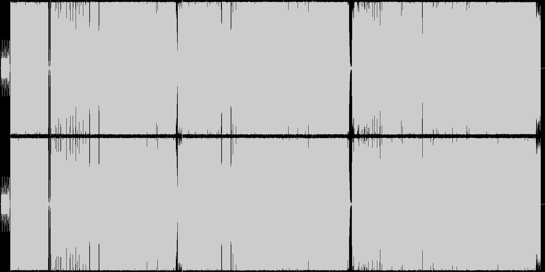女性ボーカルによるヘビメタ風楽曲の未再生の波形