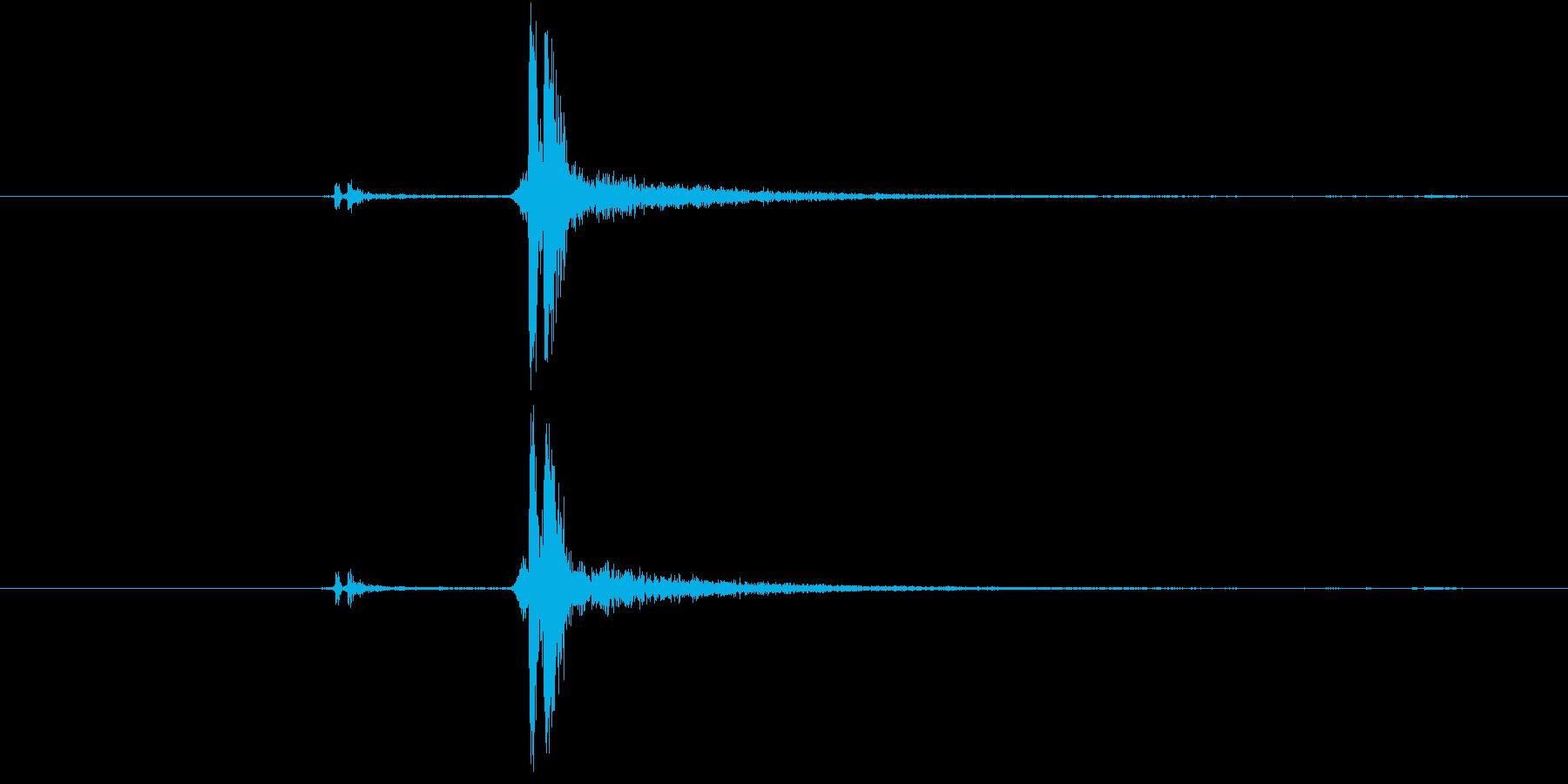 カチッ(装着、はめ込む、ピッチ高め)の再生済みの波形