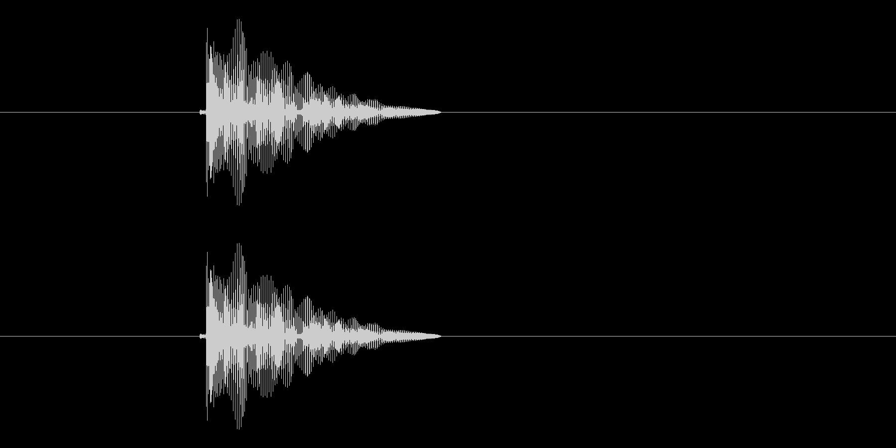 ピヨヨーン(クリック音、飛び跳ね音)の未再生の波形