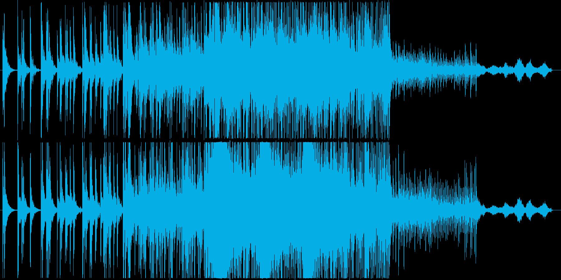 マリンバとピアノの幻想的で少し未来的な曲の再生済みの波形