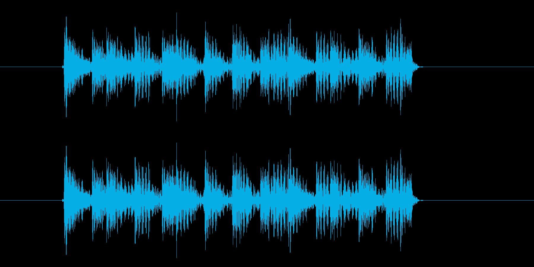 早めの太鼓やドラムを叩く音の再生済みの波形