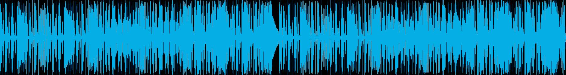 シンセ、ピアノ、電子パーカッション。ア…の再生済みの波形