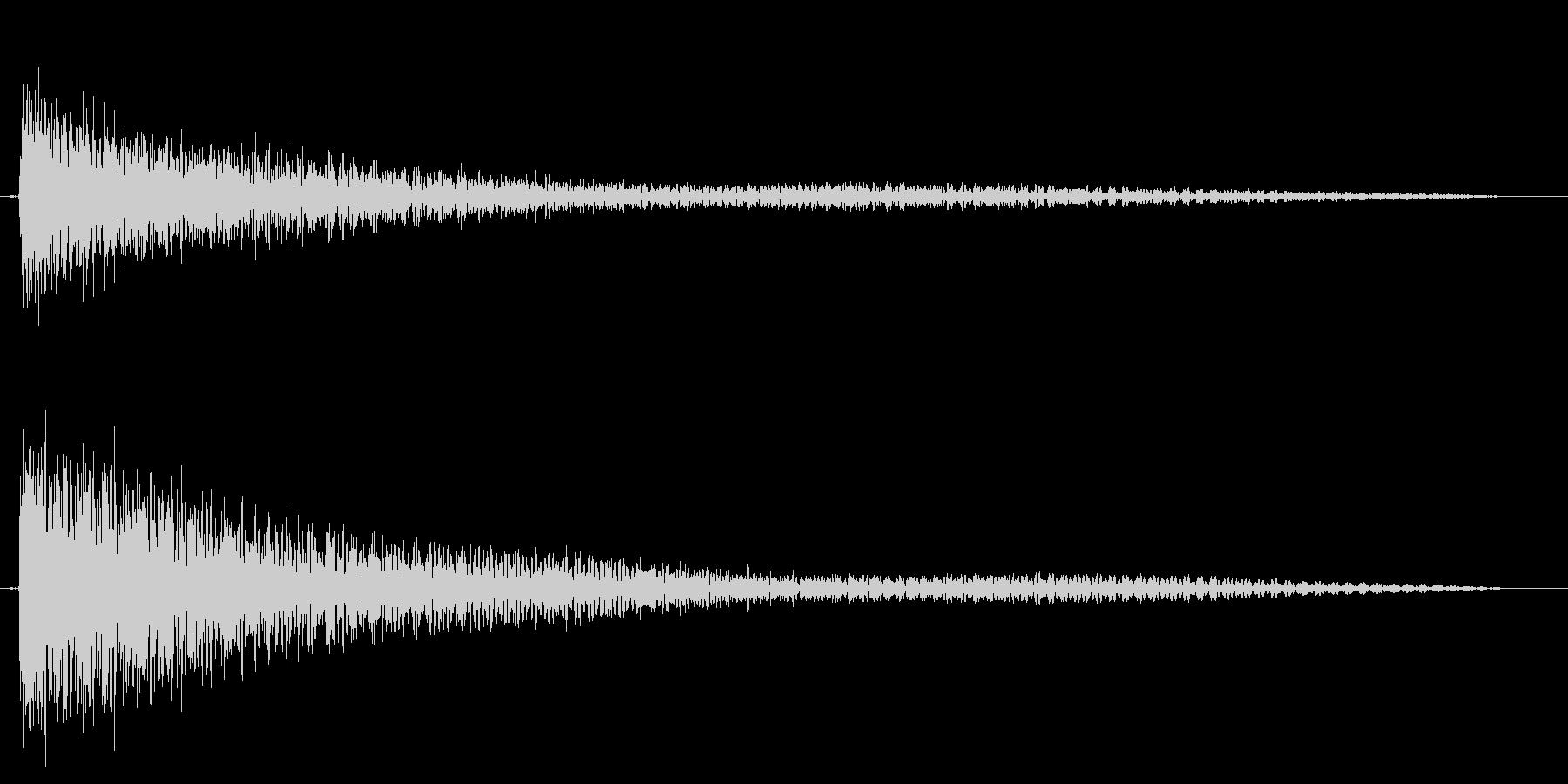 ガーンと言うショックなピアノ効果音中高音の未再生の波形