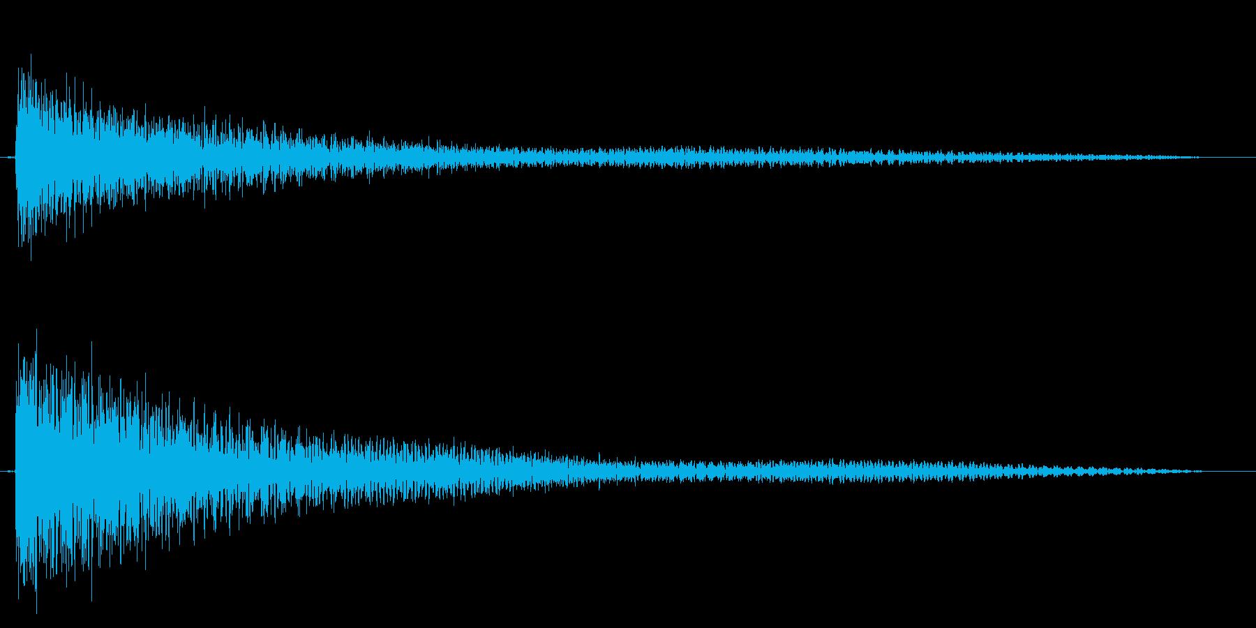ガーンと言うショックなピアノ効果音中高音の再生済みの波形