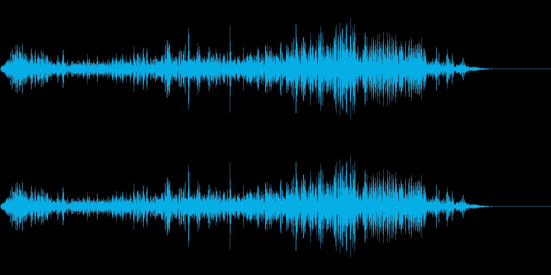 ガルルルル (大型の獣が唸る声)の再生済みの波形