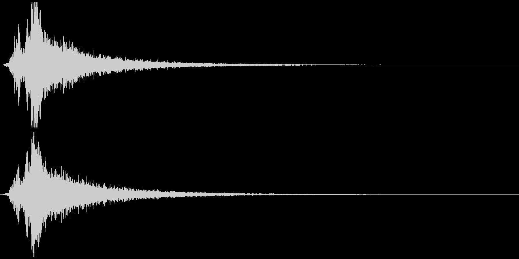 ガキーンという刀のインパクト音の未再生の波形