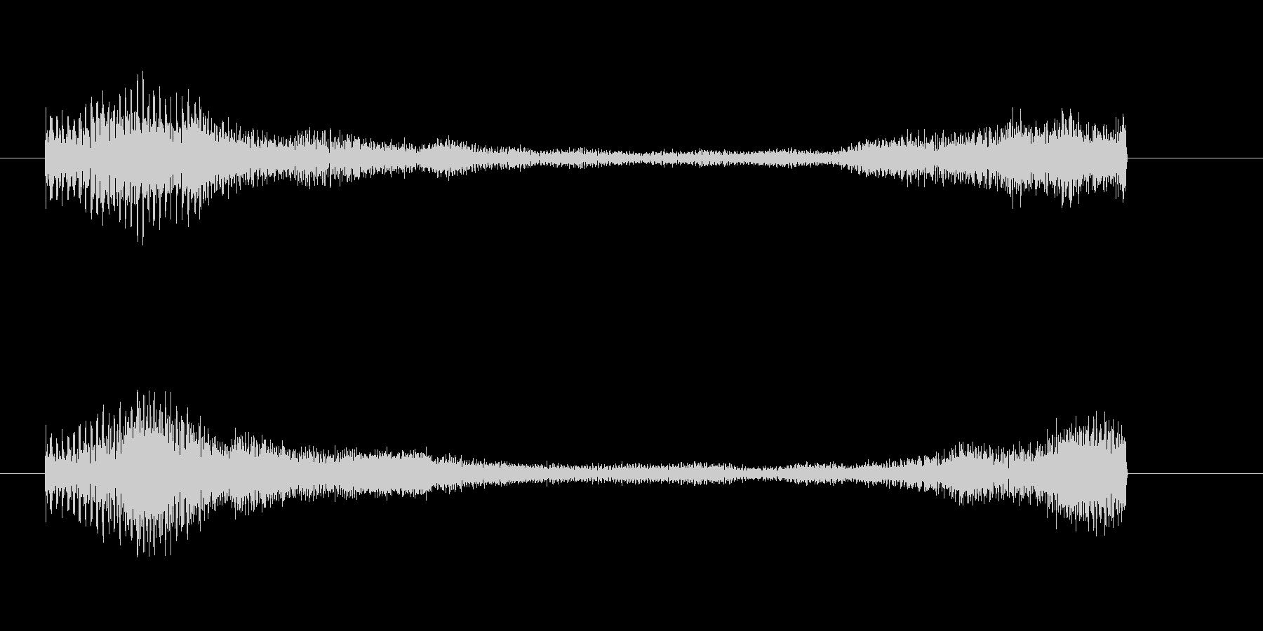 緊張感が残るピアノのジングルAの未再生の波形