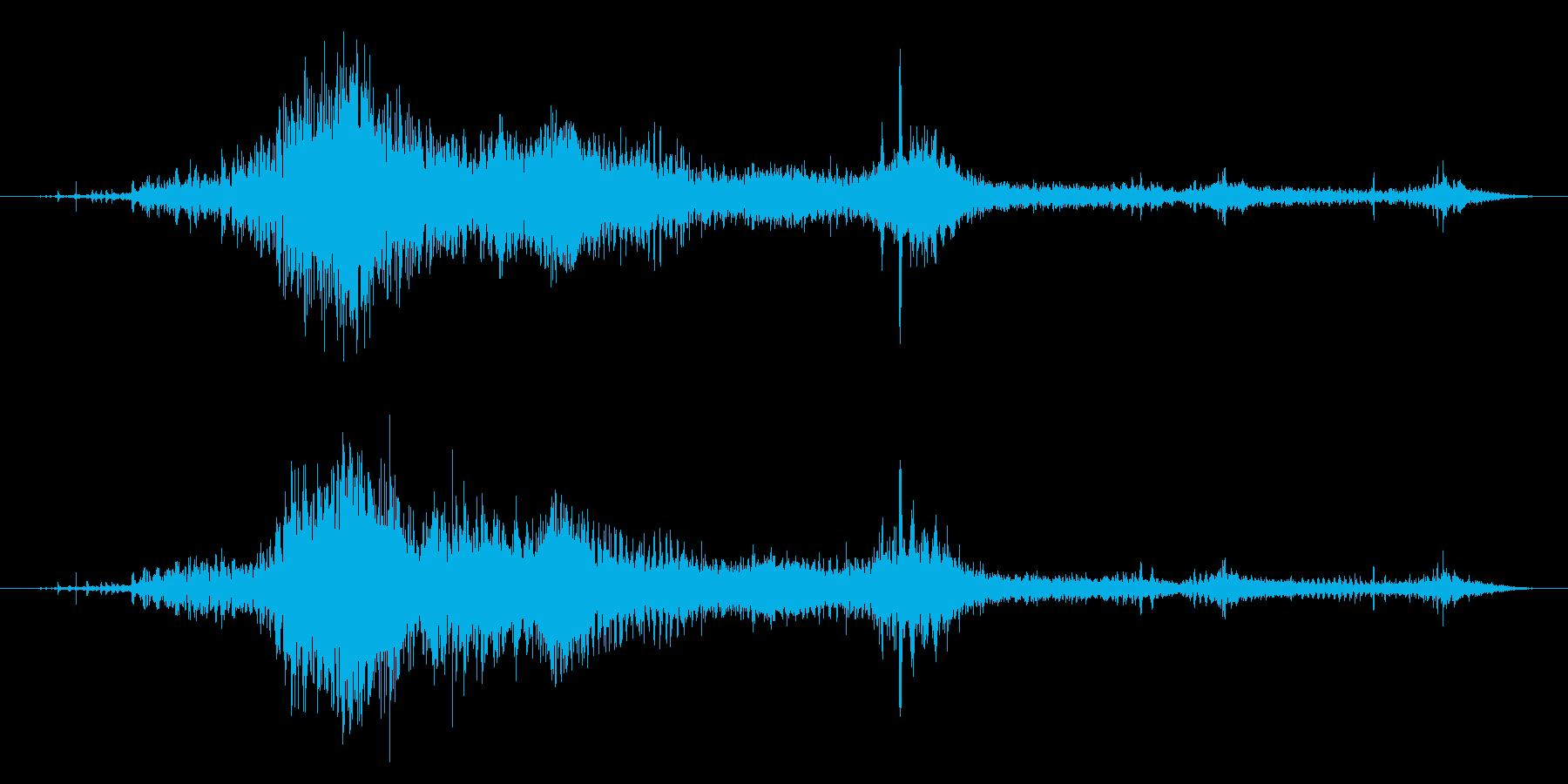 ゾンビやモンスターの叫び声/唸り声24bの再生済みの波形