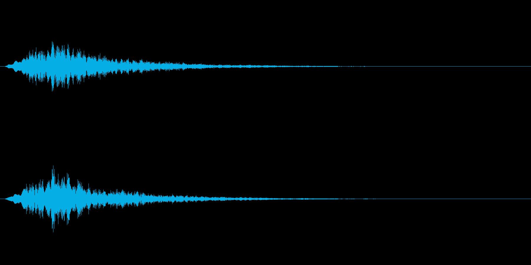 宇宙的な感じや機械的な音ですの再生済みの波形
