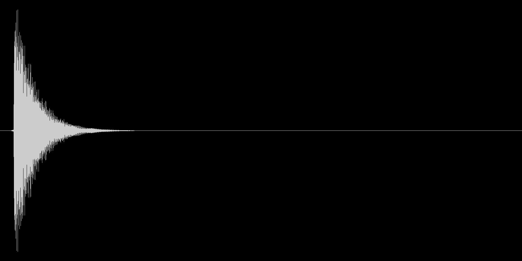 コン(金属的な選択音、メタリック、低音)の未再生の波形