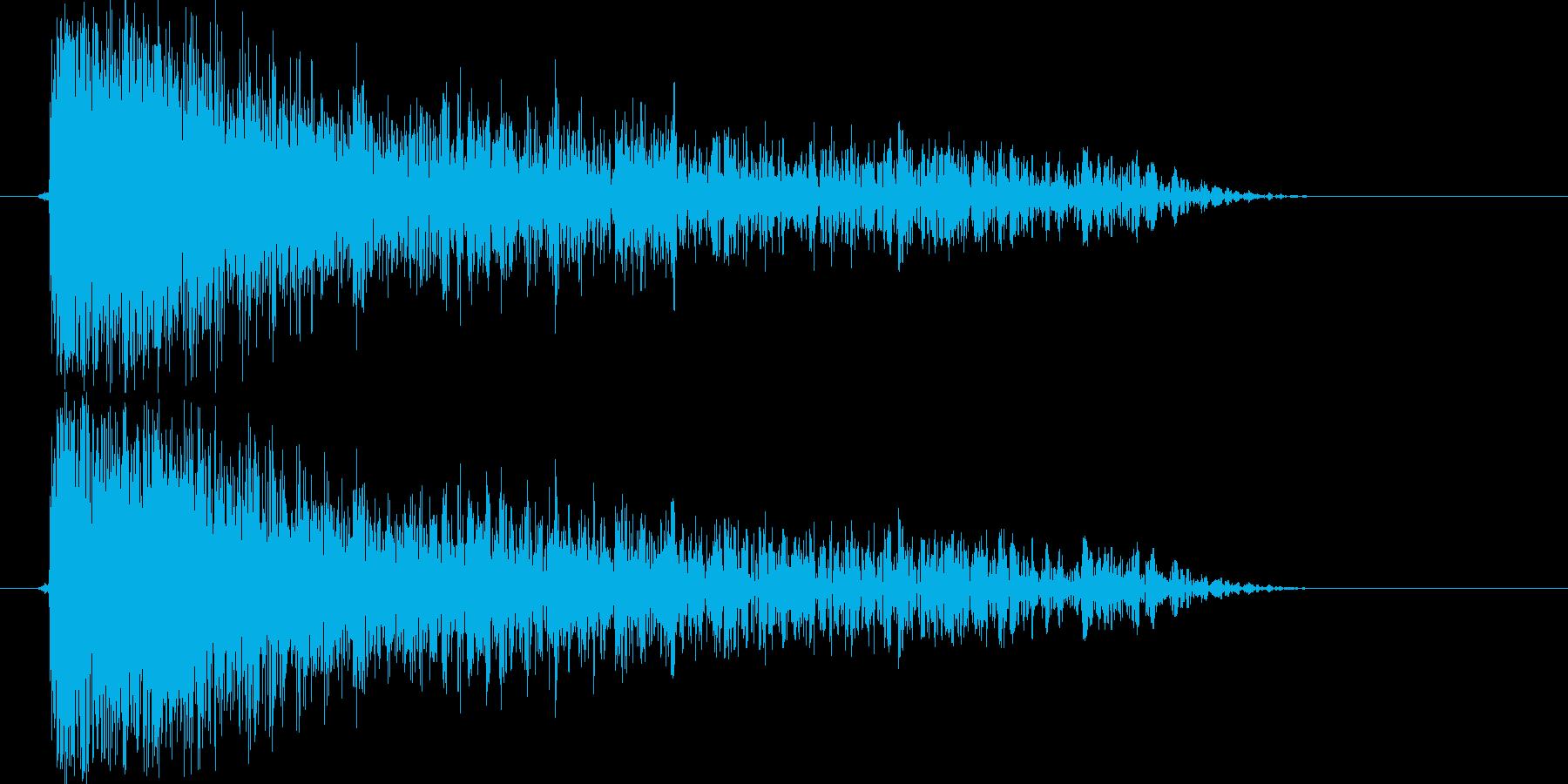 電子的な大きな破裂音です。IcyLig…の再生済みの波形