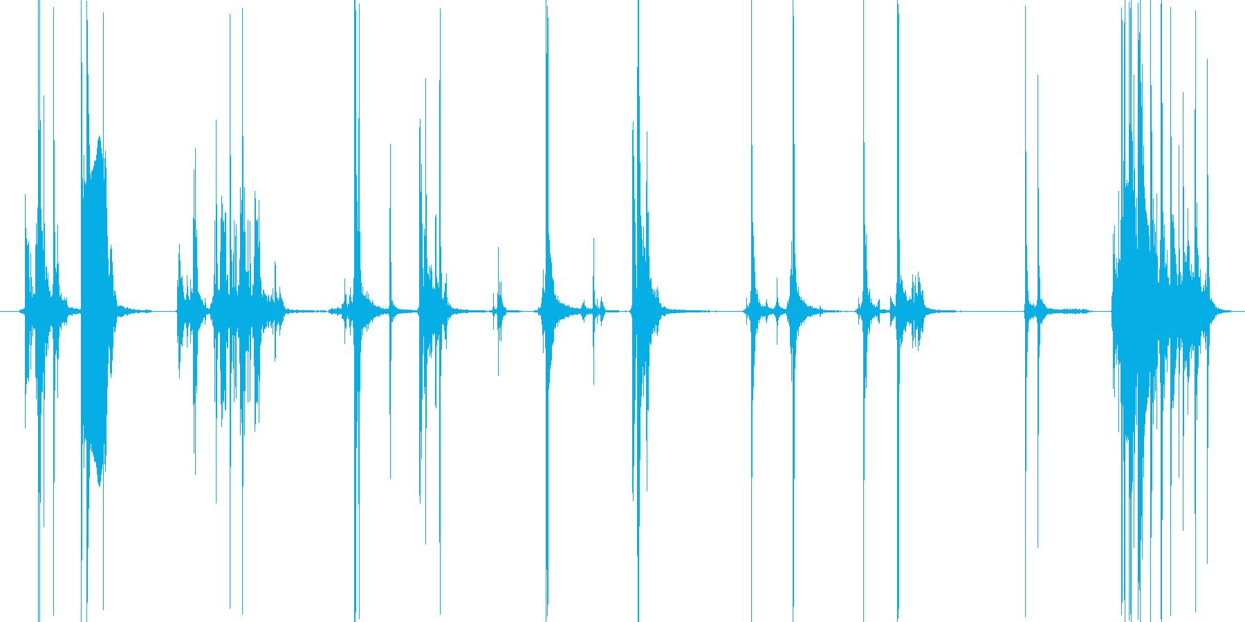 ピストルに弾を込める風な音の再生済みの波形
