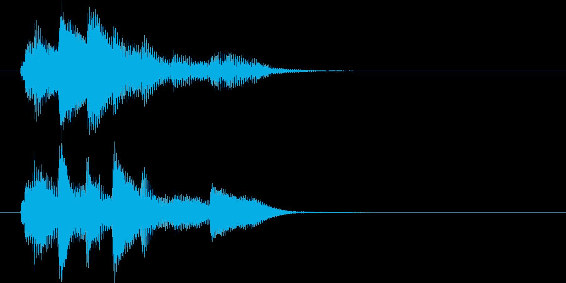 場面転換用ピアノソロの短いジングルの再生済みの波形