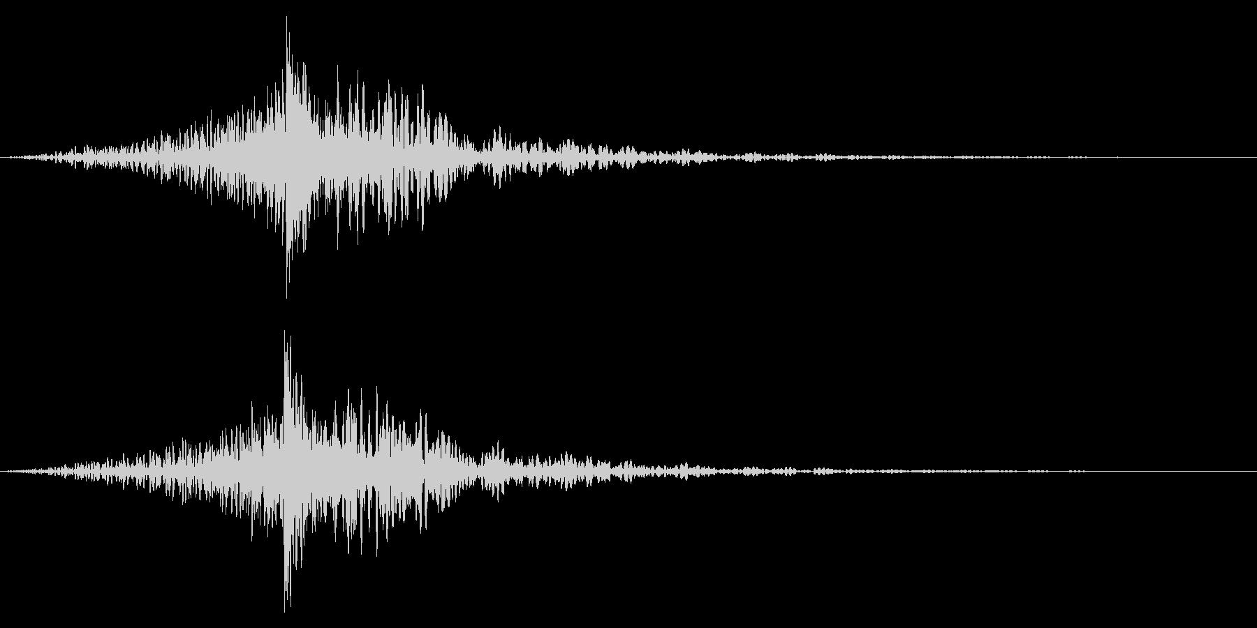 ホラー系アタック音101の未再生の波形