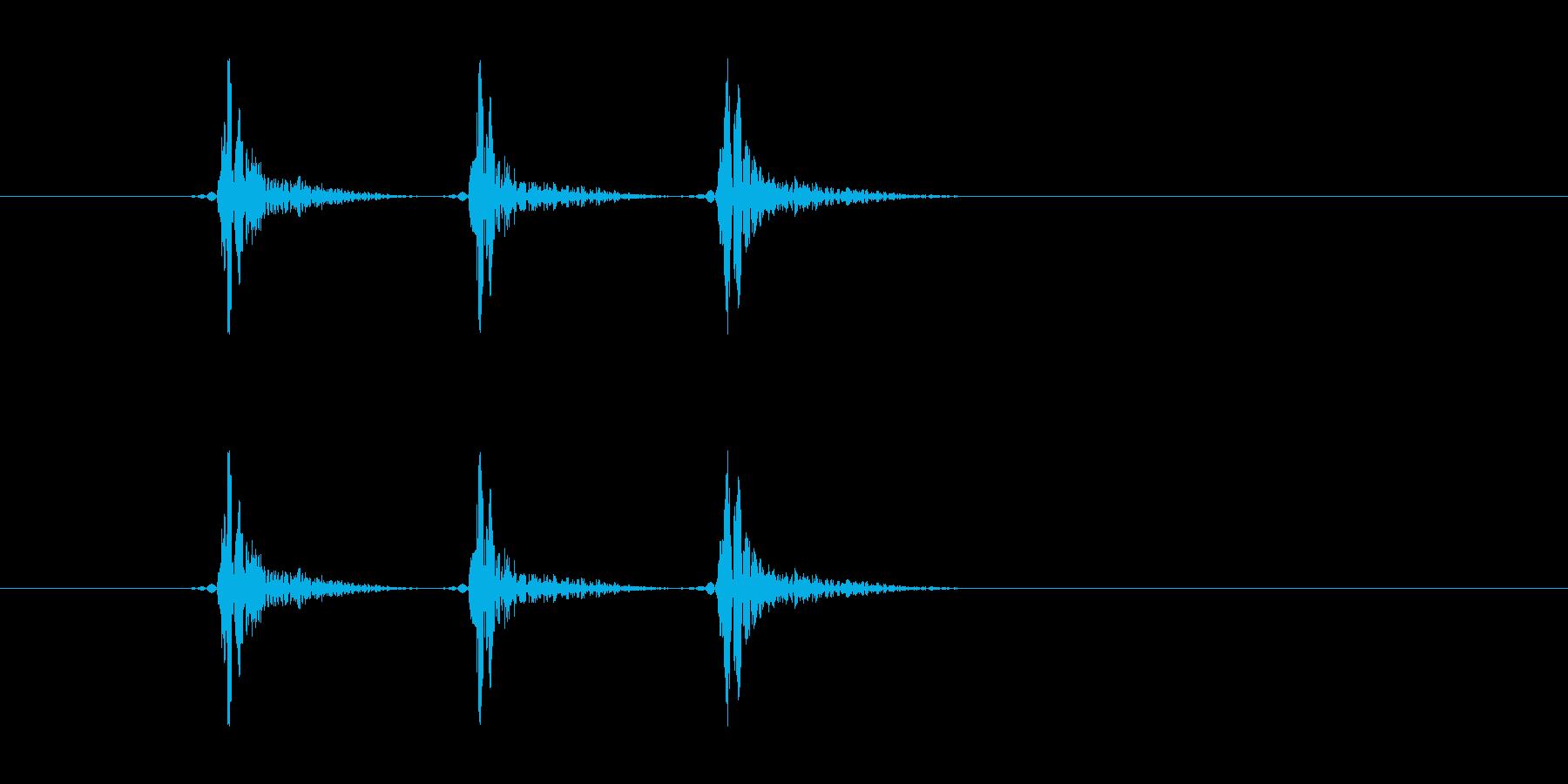 「コンコンコン!」ドアをノックする音で…の再生済みの波形