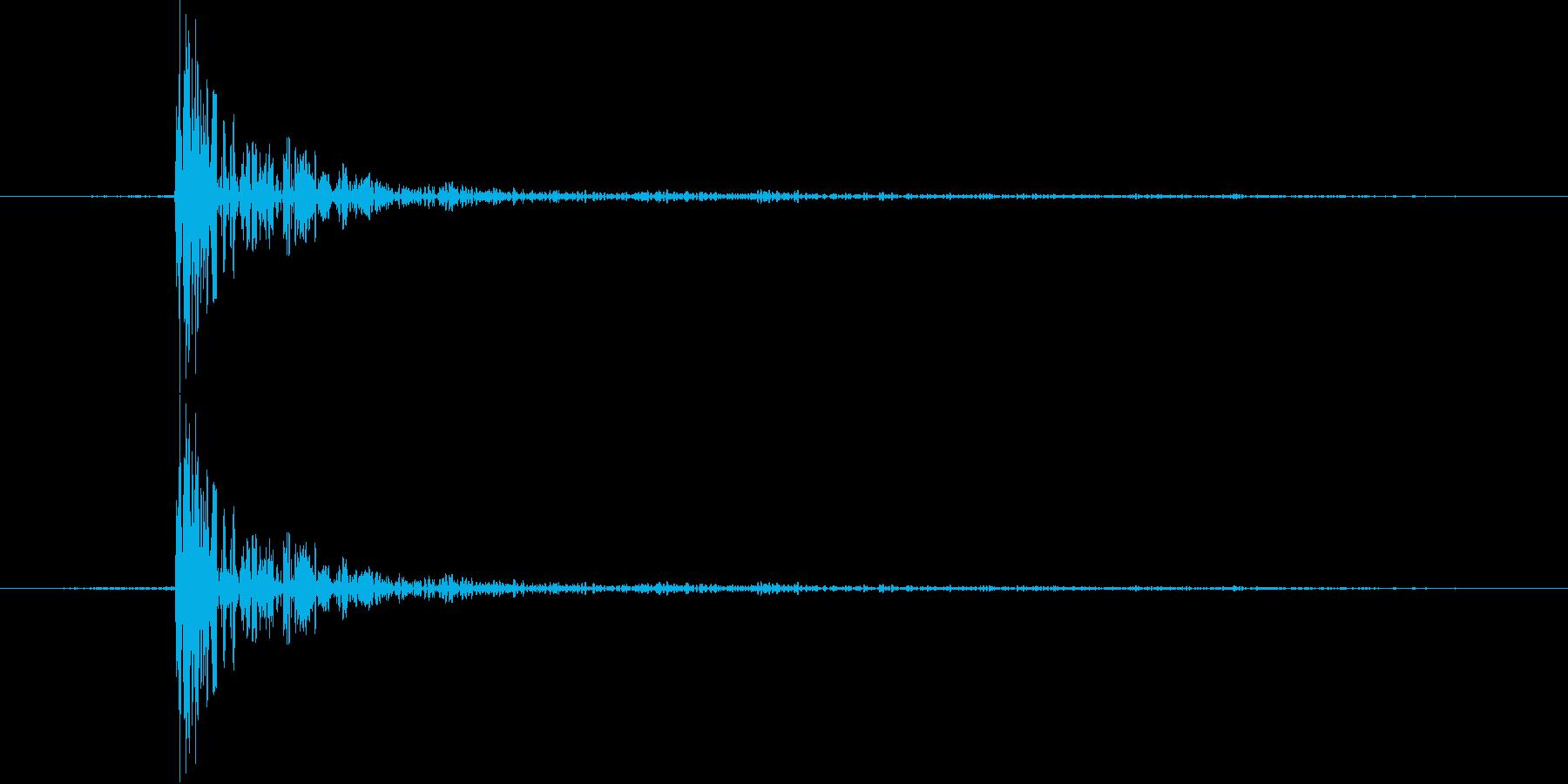 カッ【決定音・カーソル音:クールで硬派】の再生済みの波形